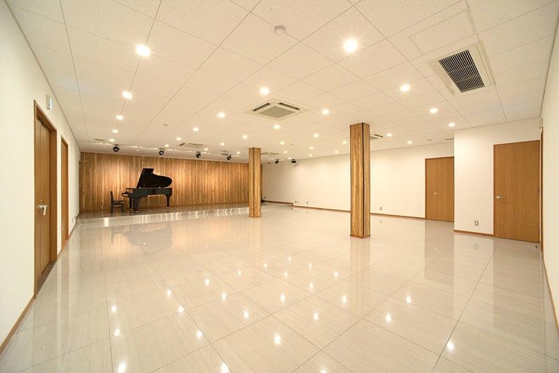 【大阪/堺】Art Hall/スタイリッシュでモダンな多目的文化スペース(プリメールアートホール) の写真0