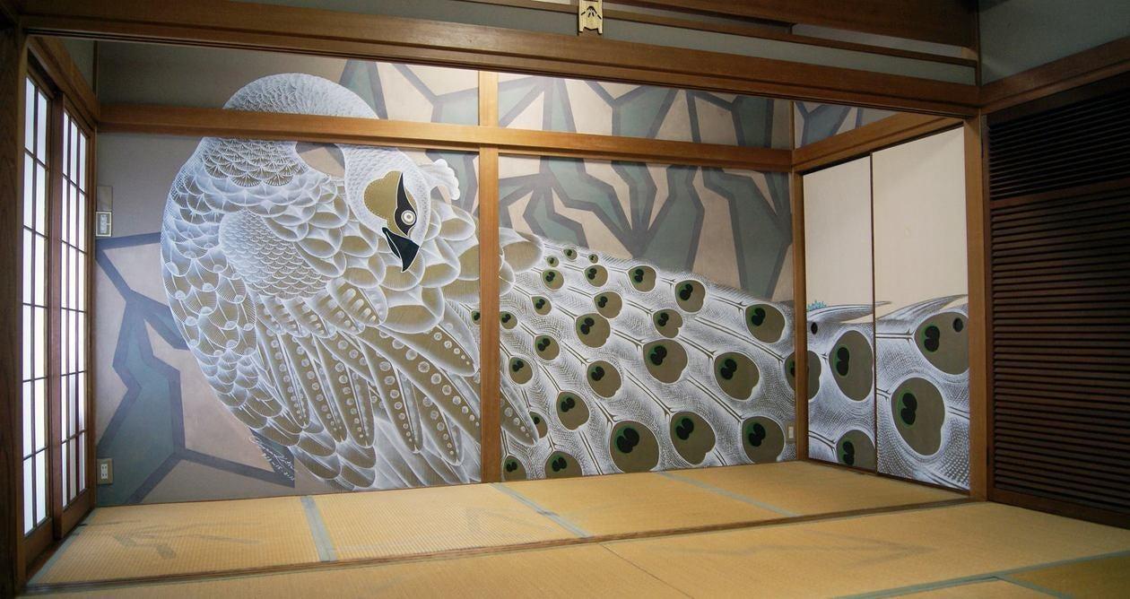 愛媛 道後 ゲストハウス型温泉施設最新ルーム どうごや  アーティストルーム の写真