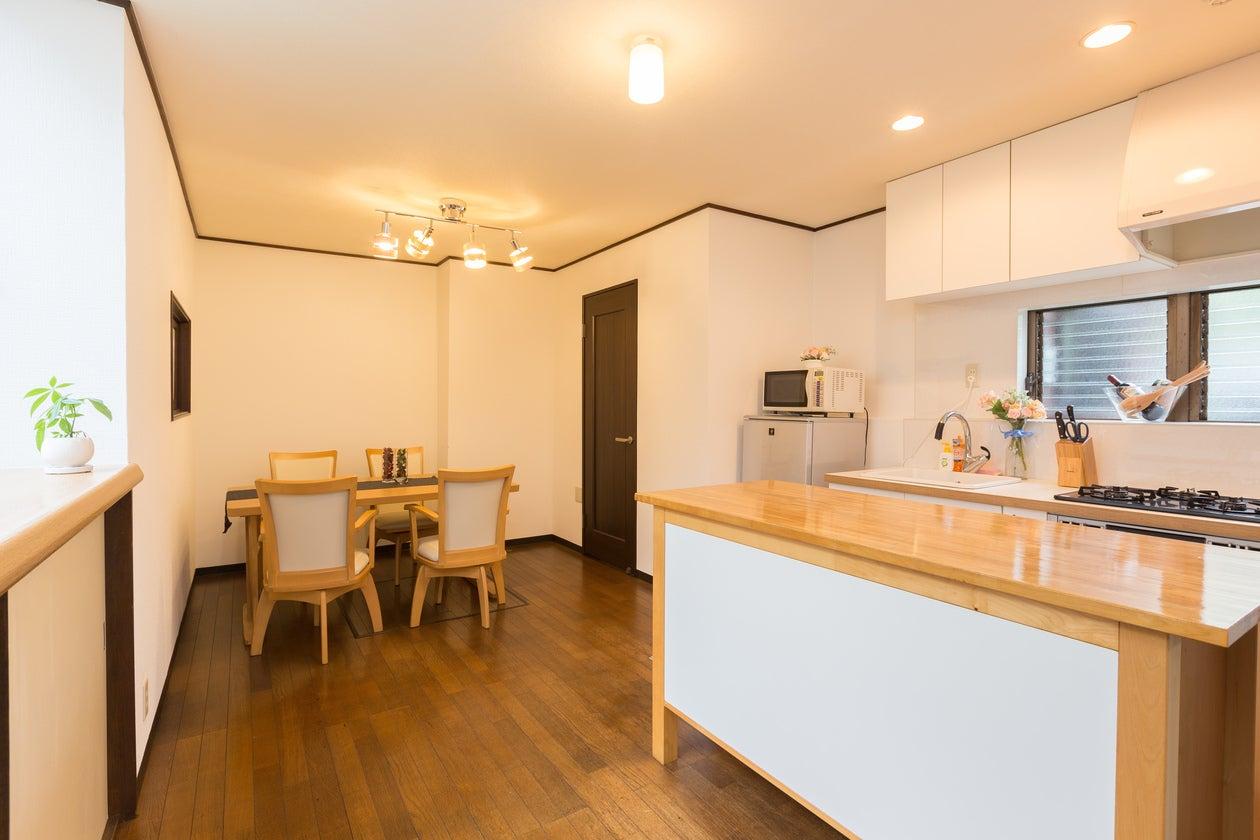 【湘南・藤沢】駅から徒歩2分!会議・ママ会・料理教室まで楽しめる一軒家スペース