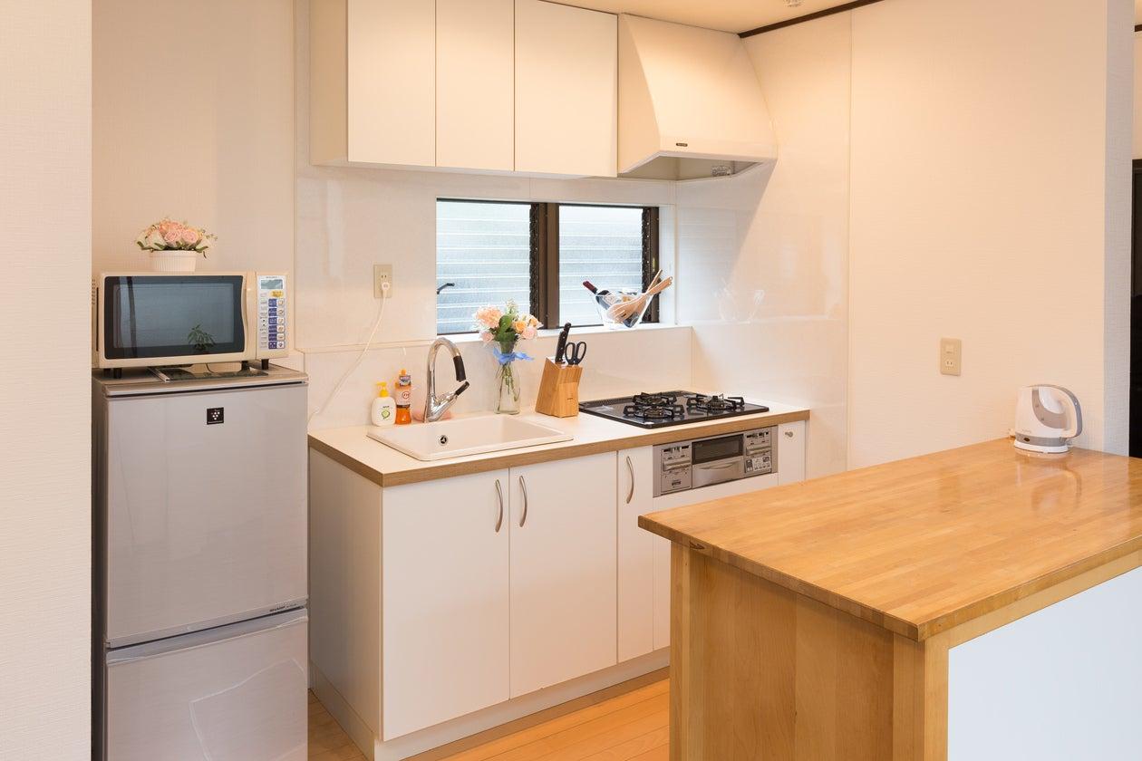 【湘南・藤沢】駅から徒歩2分!会議・ママ会・料理教室まで楽しめる一軒家スペース の写真