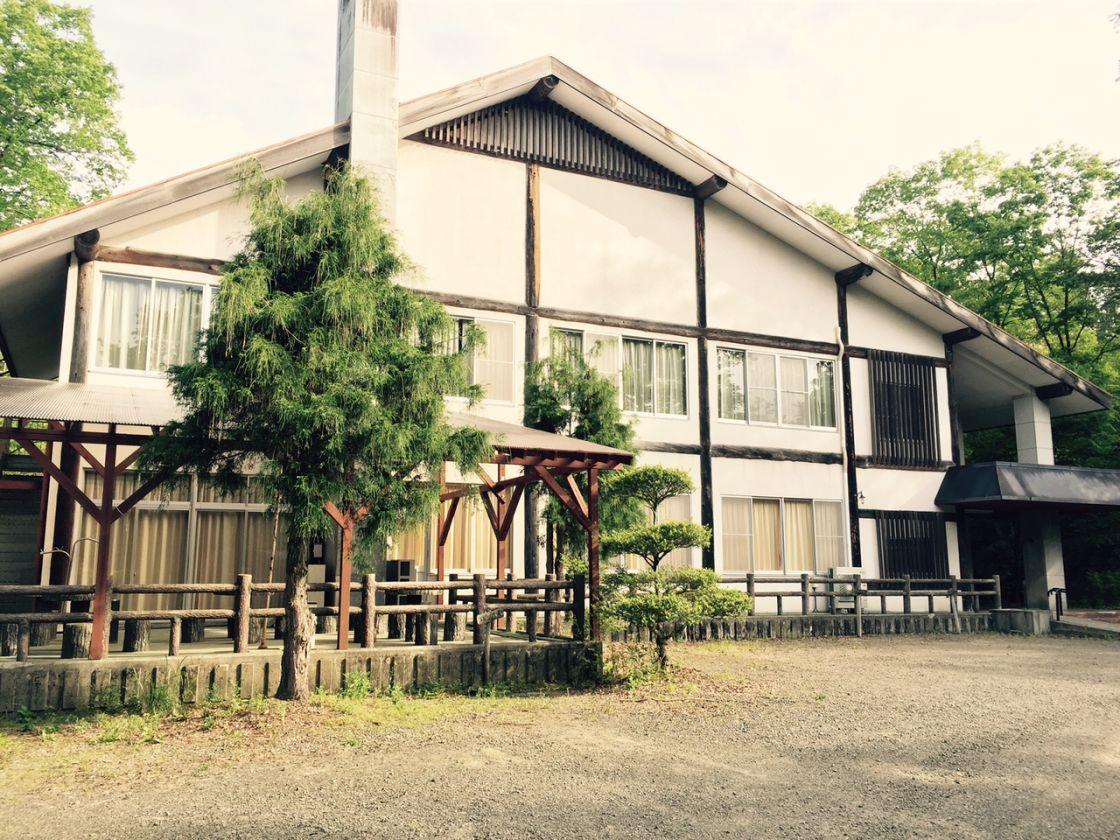 ふるさと村内の実習館は合宿や会議に最適です。 (久万高原ふるさと旅行村(愛媛県久万高原町内)) の写真0