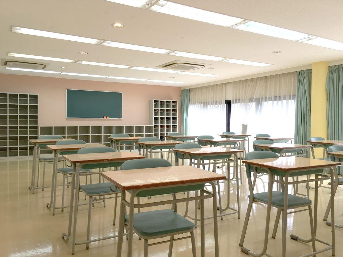 pstudio 小石川学校3F 教室 保健室 体育倉庫 図書室 廊下(小石川学校3F) の写真0