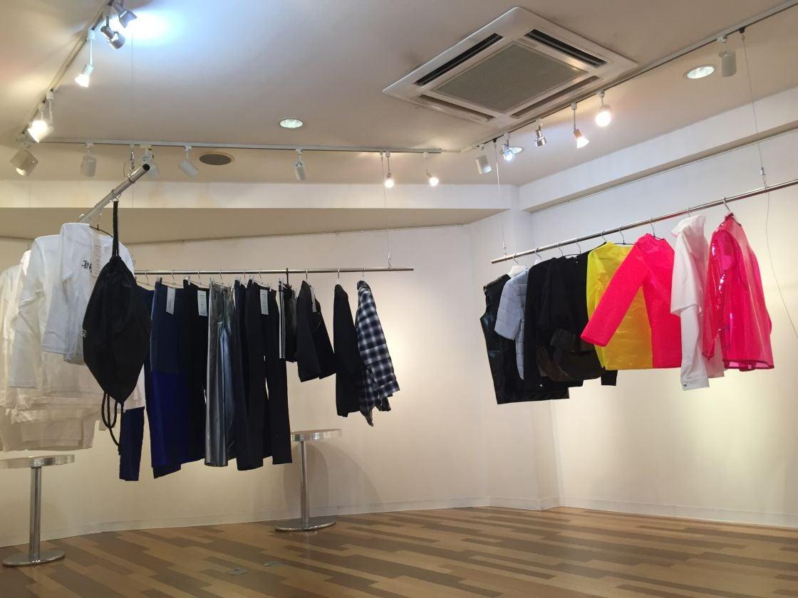東京・代官山にある、2階のギャラリー。アートの展示他、アパレル展示会などの利用実績多数あり。 のサムネイル