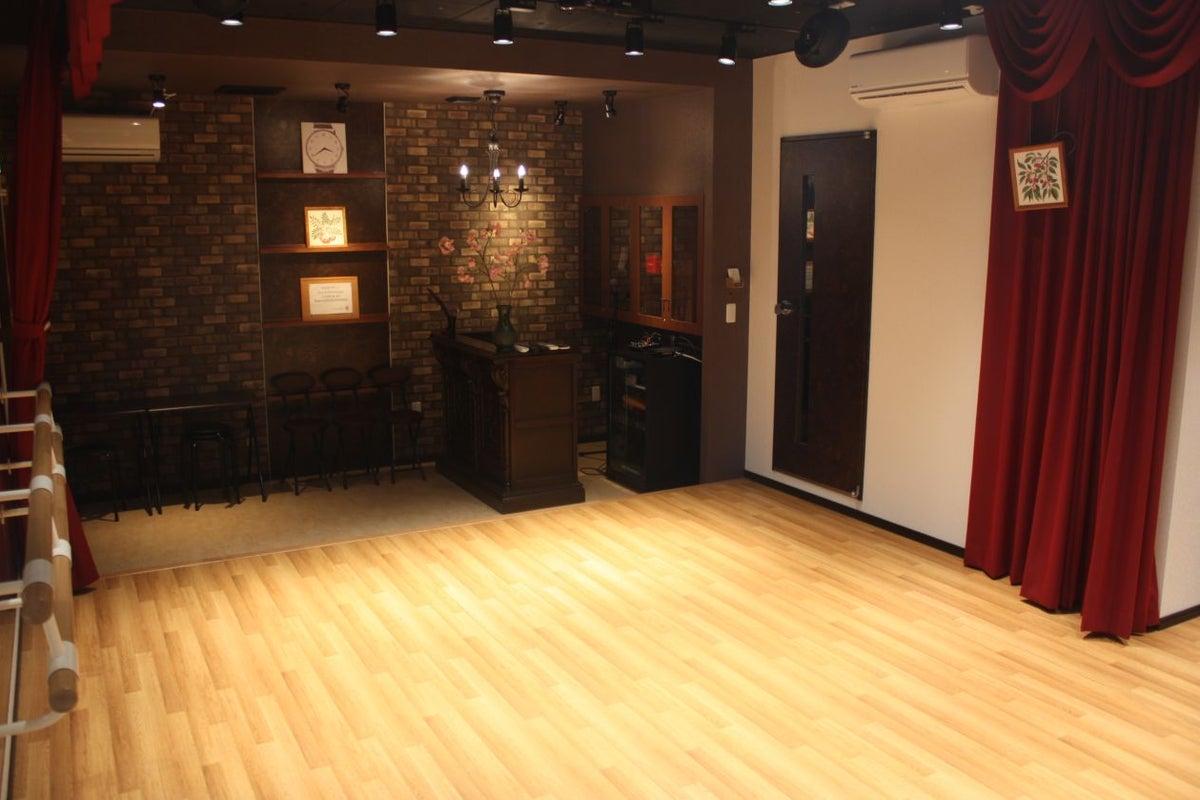 劇場型スタジオ「Studio CherryTree」 の写真