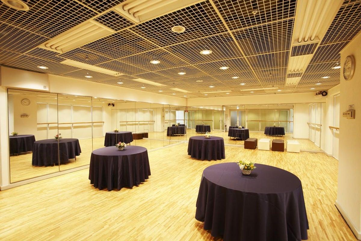 ファーストプレイス東京 ロイヤルホール の写真