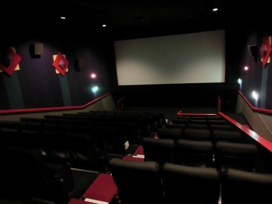 MOVIX日吉津 シアター6 / 説明会や各種上映会を映画館の大スクリーンで!【114席】 の写真