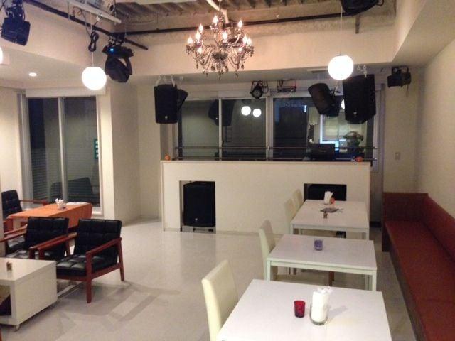 CAELUS CAFE&BEATLOUNGE(CAELUS CAFE&BEATLOUNGE) の写真0