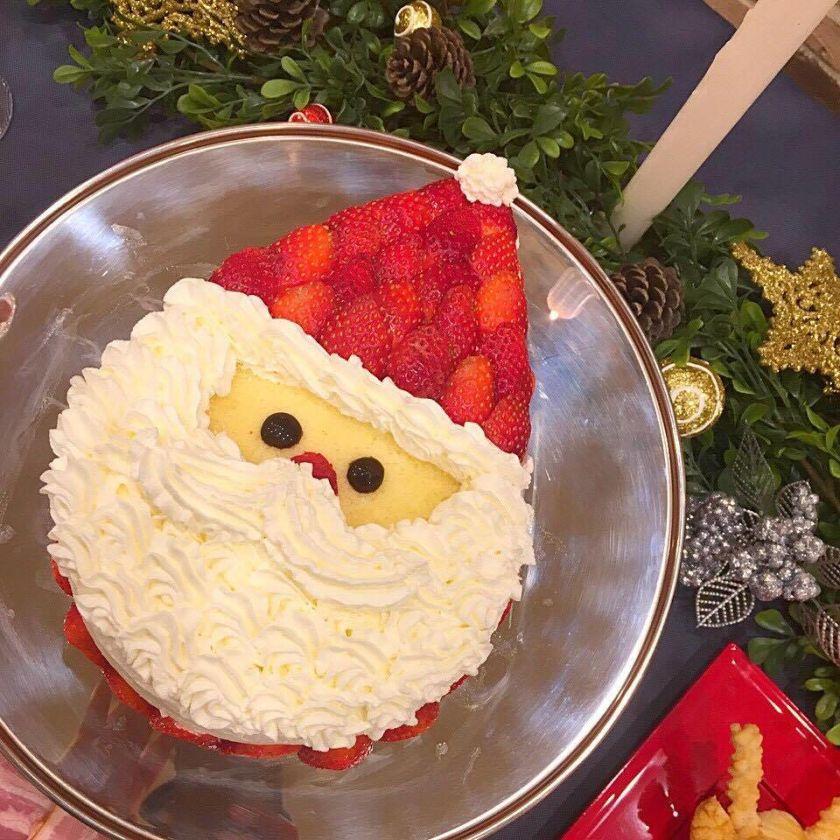 サンタショートケーキ