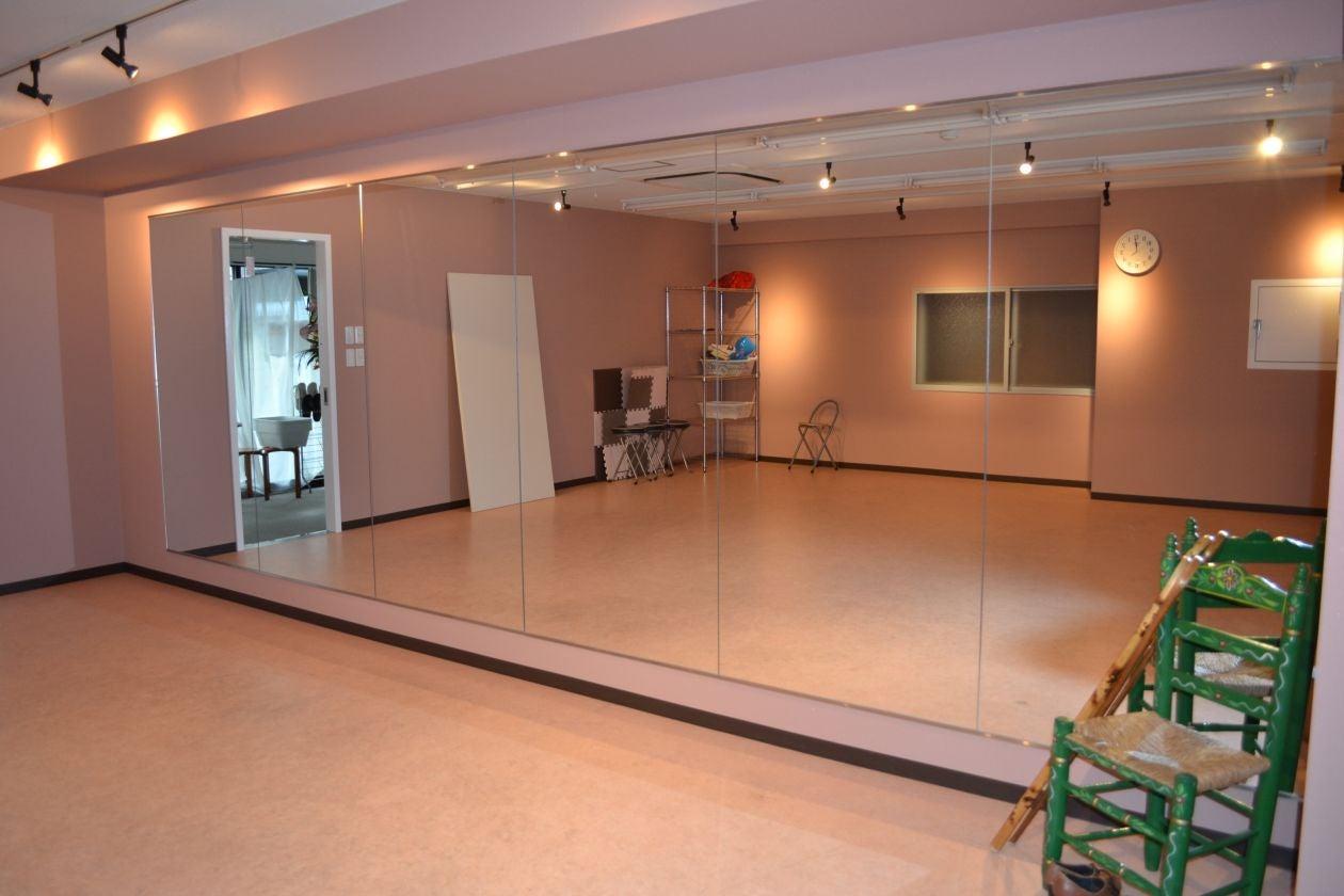 【大スタジオ】防音設備完備!! オープンしたてのきれいなスタジオでレッスンやセミナーはいかが? の写真
