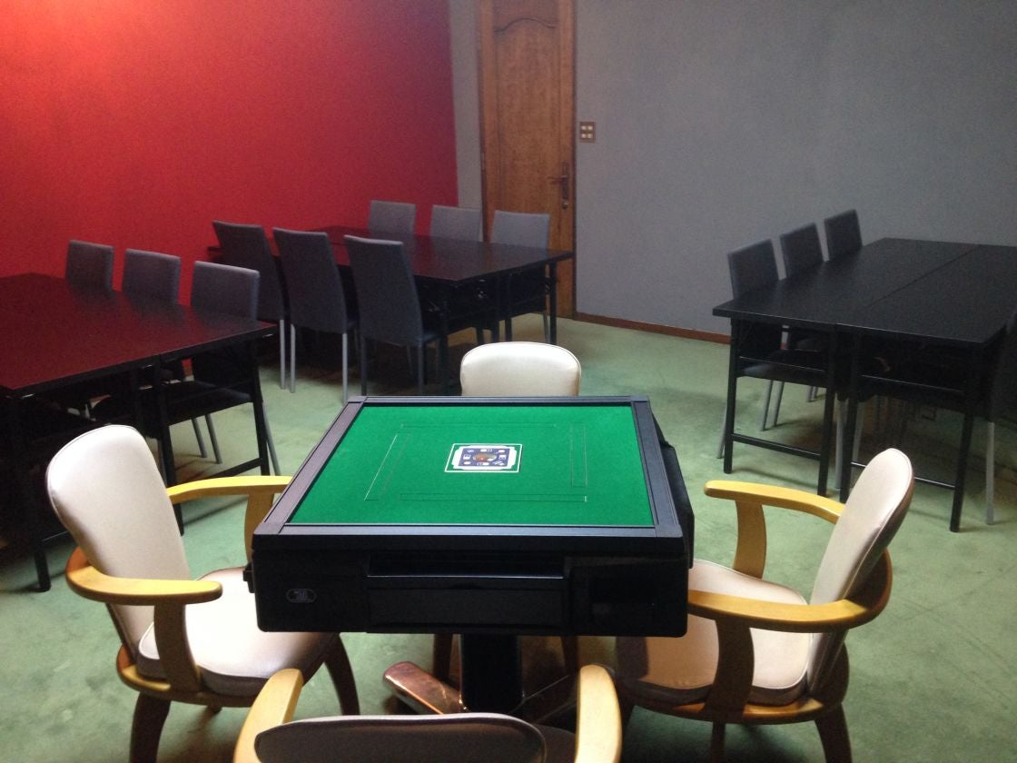 D【なんば駅徒歩5分】24時間営業の一軒家  15帖の洋室 全自動麻雀卓付 ゲームイベントや大会、パーティにおすすめ ルームD(大阪なんば 難波一軒家レンタルスペースLien(リアン)) の写真0
