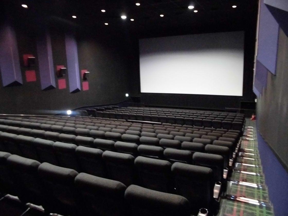 MOVIX亀有 シアター9 / 説明会や各種上映会を映画館の大スクリーンで!