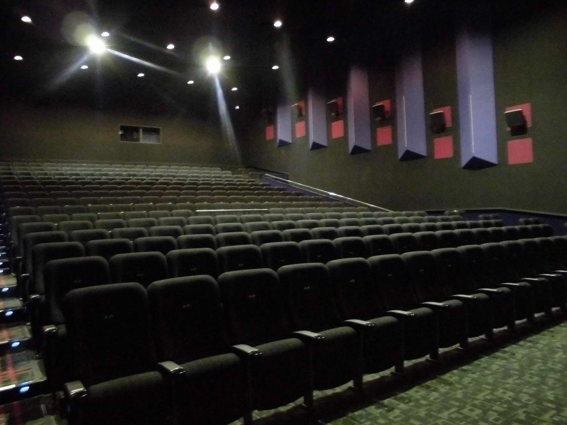 MOVIX亀有 シアター9 / 説明会や各種上映会を映画館の大スクリーンで! のサムネイル