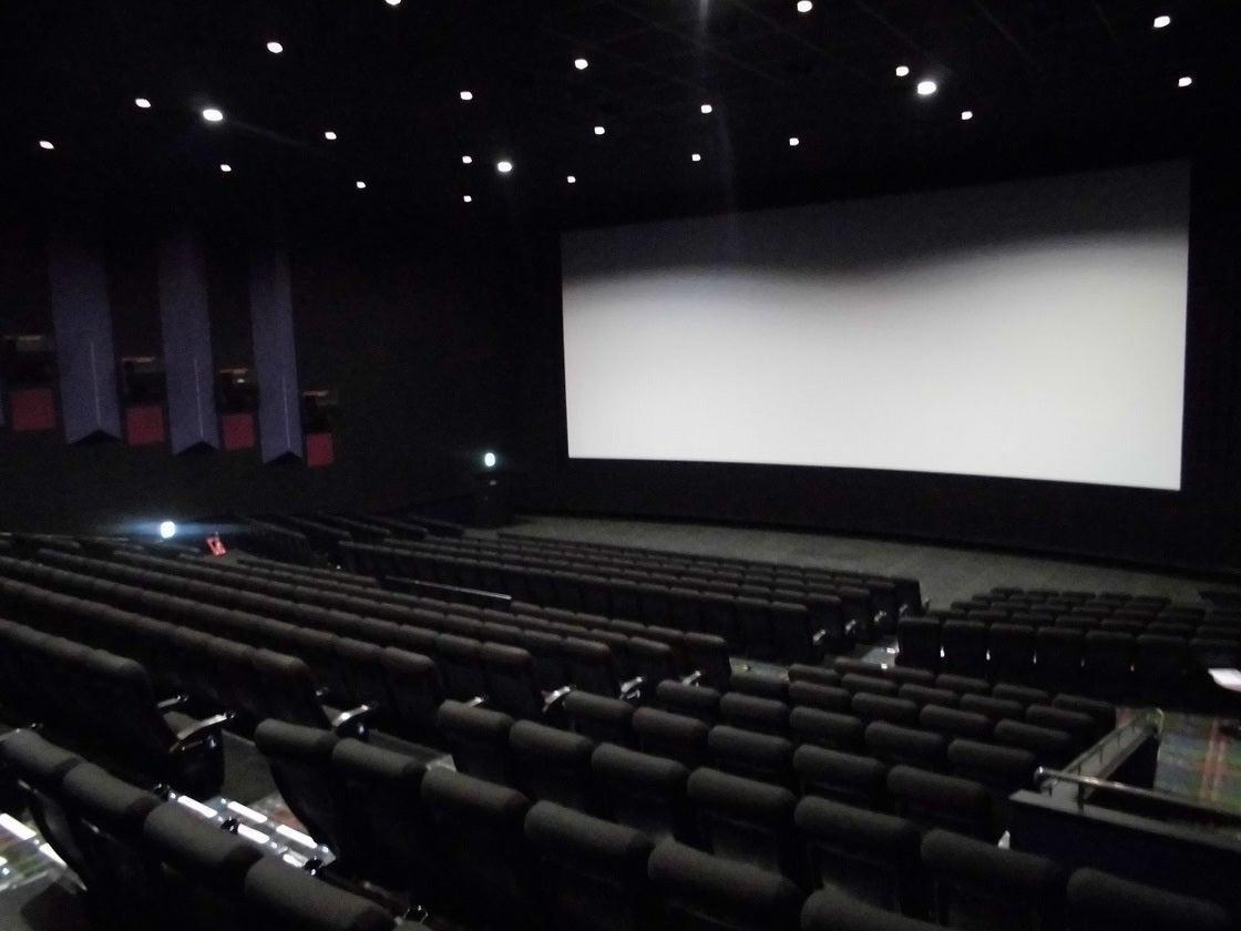 MOVIX亀有 シアター10 / 説明会や各種上映会を映画館の大スクリーンで!
