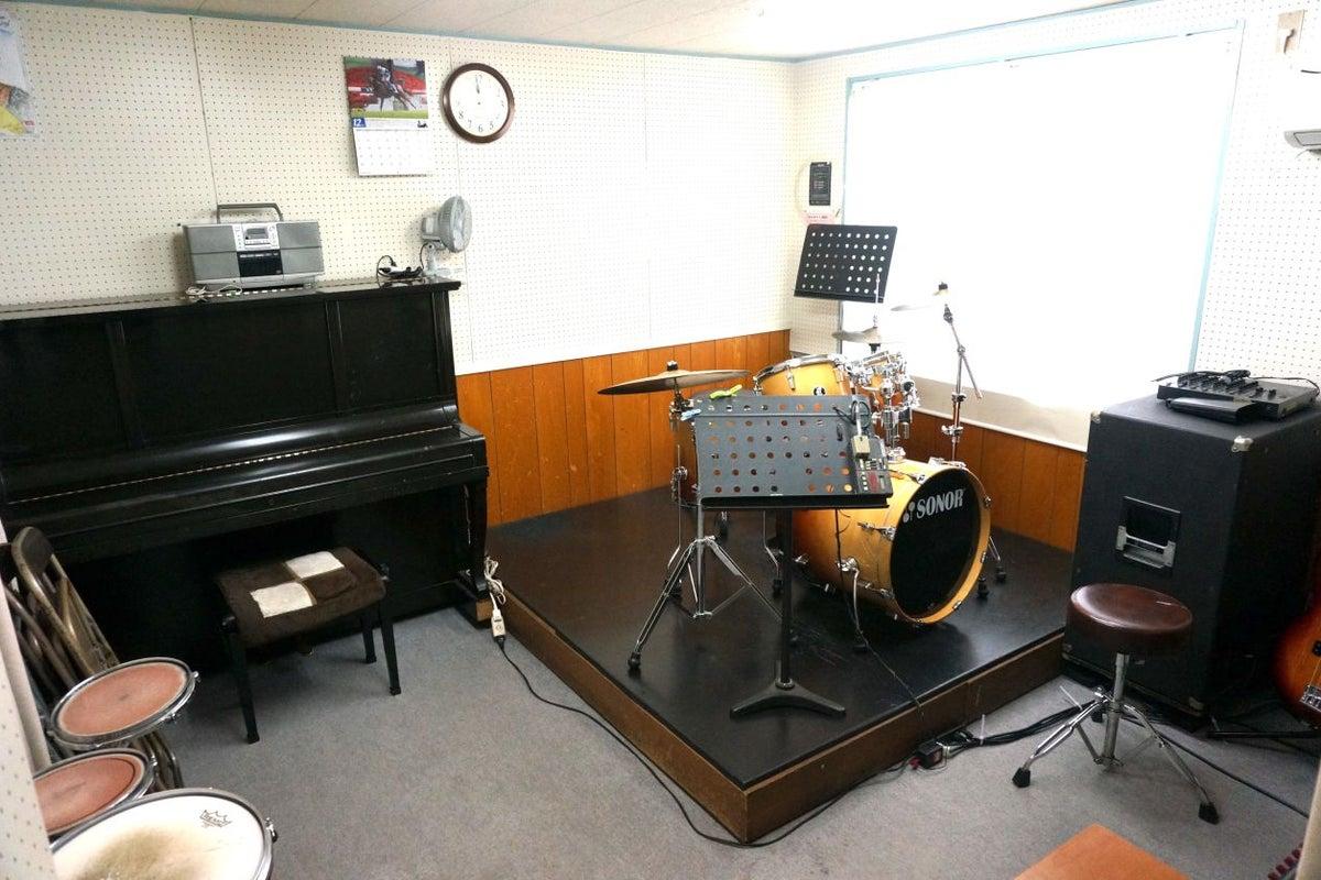 西武池袋線「東長崎」駅徒歩1分 防音ルーム(Room4) 楽器演奏、打ち合わせが可能 池袋 演奏 防音 の写真