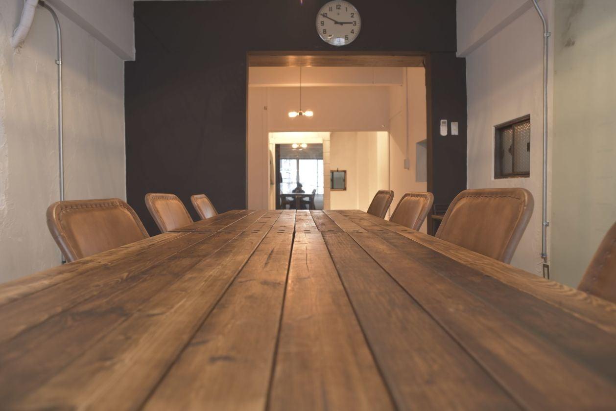 【駅徒歩1分】集中できる会議室(セミナー可)