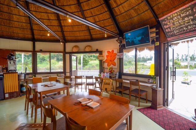 南国リゾートかやぶき屋根レストラン BBQ RIB HOUSE なんちち(BBQ RIB HOUSE なんちち) の写真0