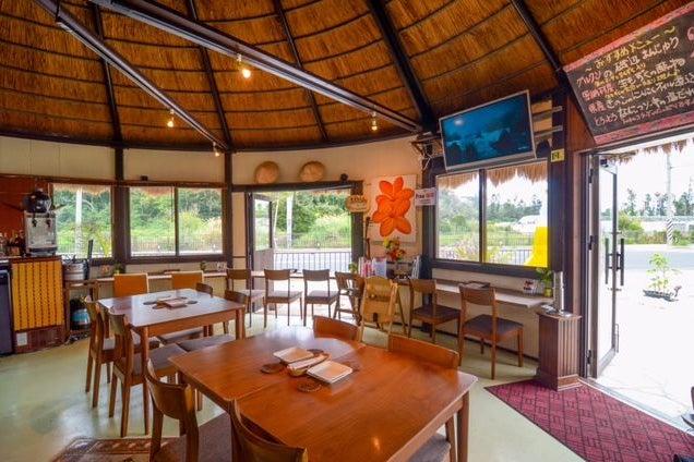 南国リゾートかやぶき屋根レストラン COCONUT HOUSE  の写真