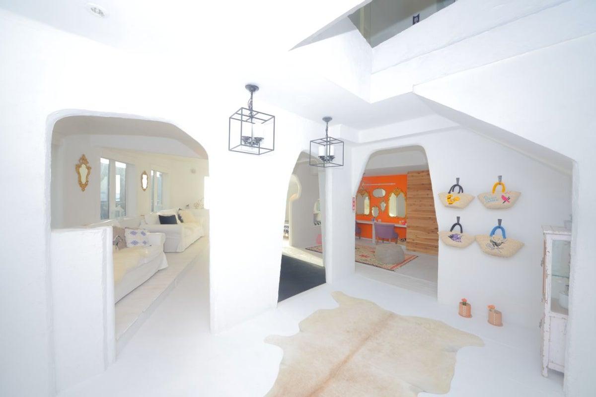 """葉山のオンザビーチなレンタル邸宅""""THE HOUSE on the beach"""" 1-2階THE SWEETEST HOUSE の写真"""