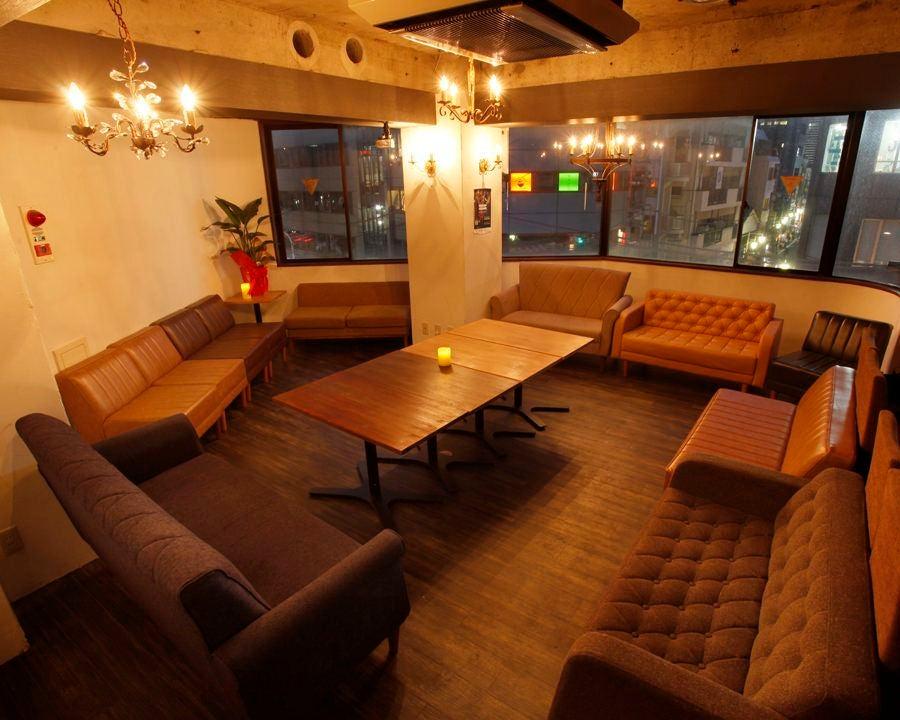 """恵比寿駅徒歩2分の隠れ家カフェバー""""haco""""全席ソファー席♪レイアウト自由★会議から撮影、パーティーまで♪ の写真"""