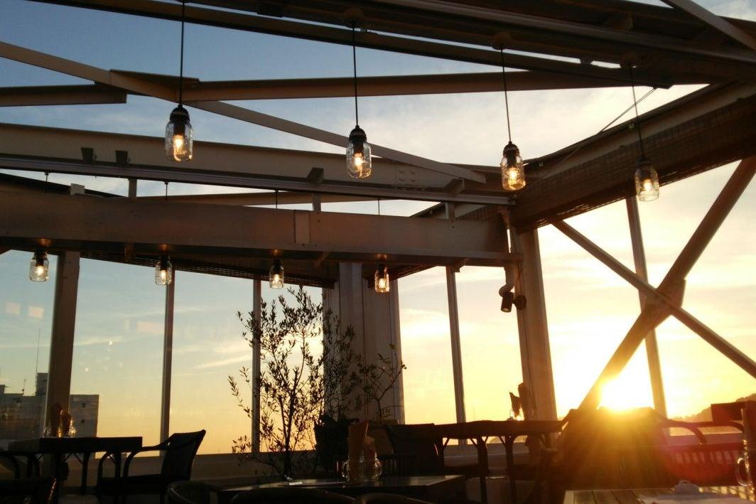 鎌倉駅1分 屋上テラスのあるオシャレなカフェスペース の写真