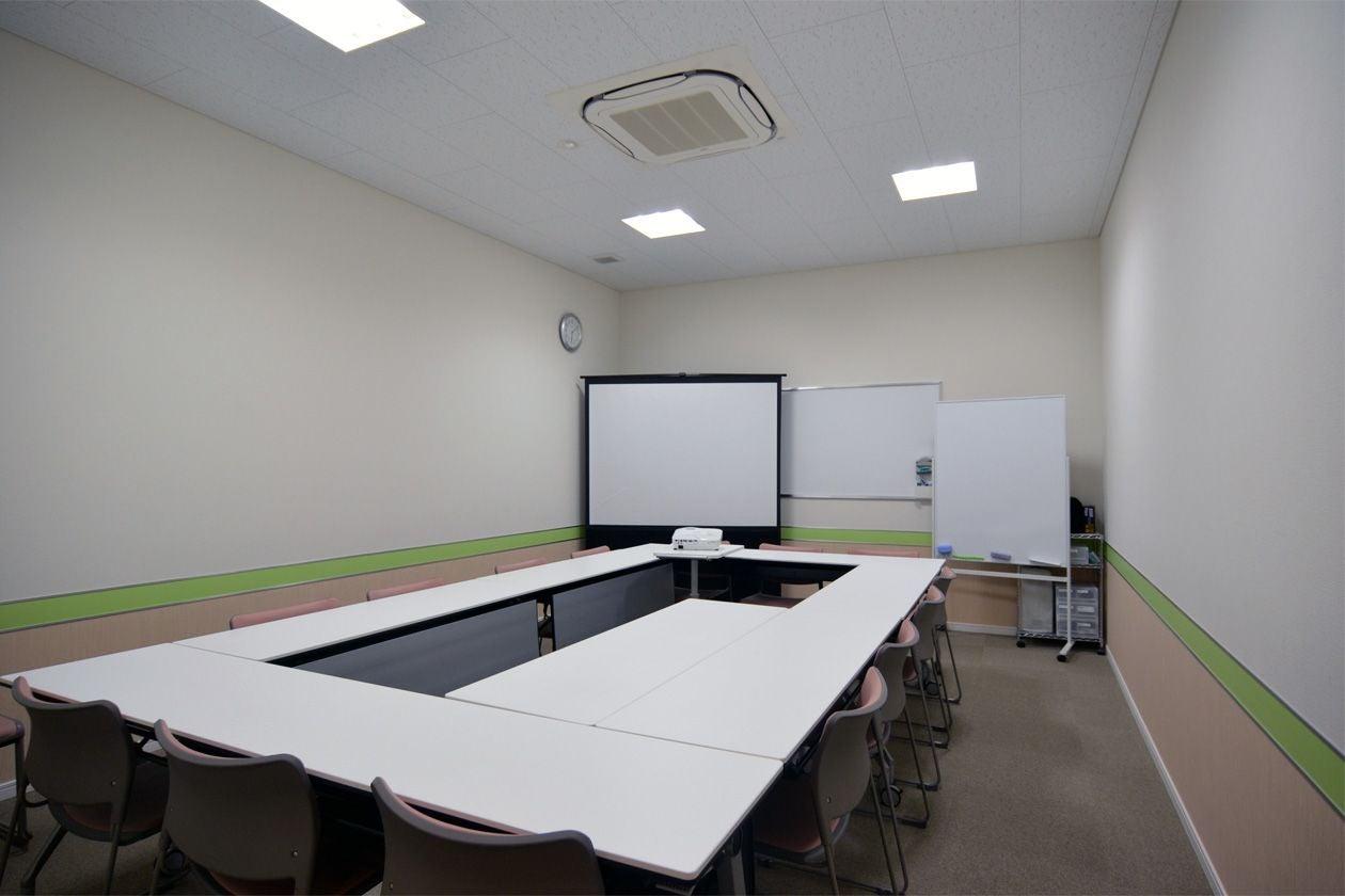 【郡山】セルフミーティングルーム虎丸 会議室A(【郡山 会議利用など】セルフミーティングルーム虎丸) の写真0