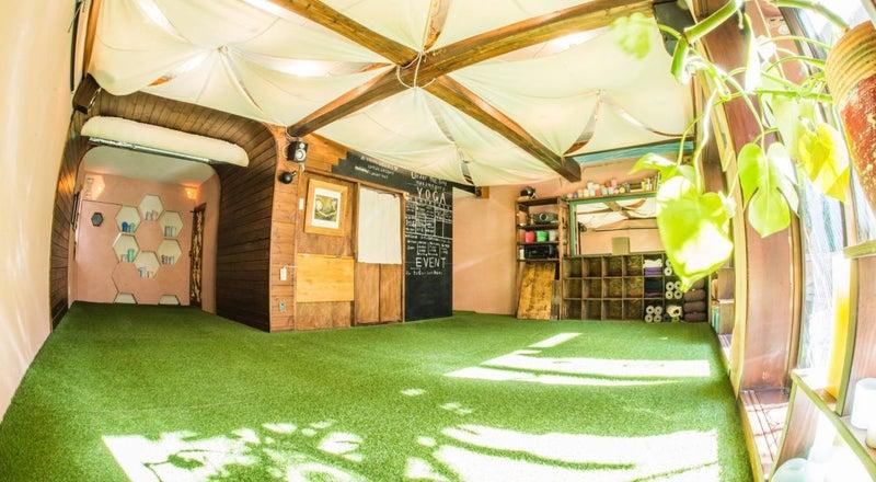 🎄CM放送中スペース🎄中目黒駅徒歩7分 入った瞬間、異空間!自然を感じるキッチン付のレンタルスペース