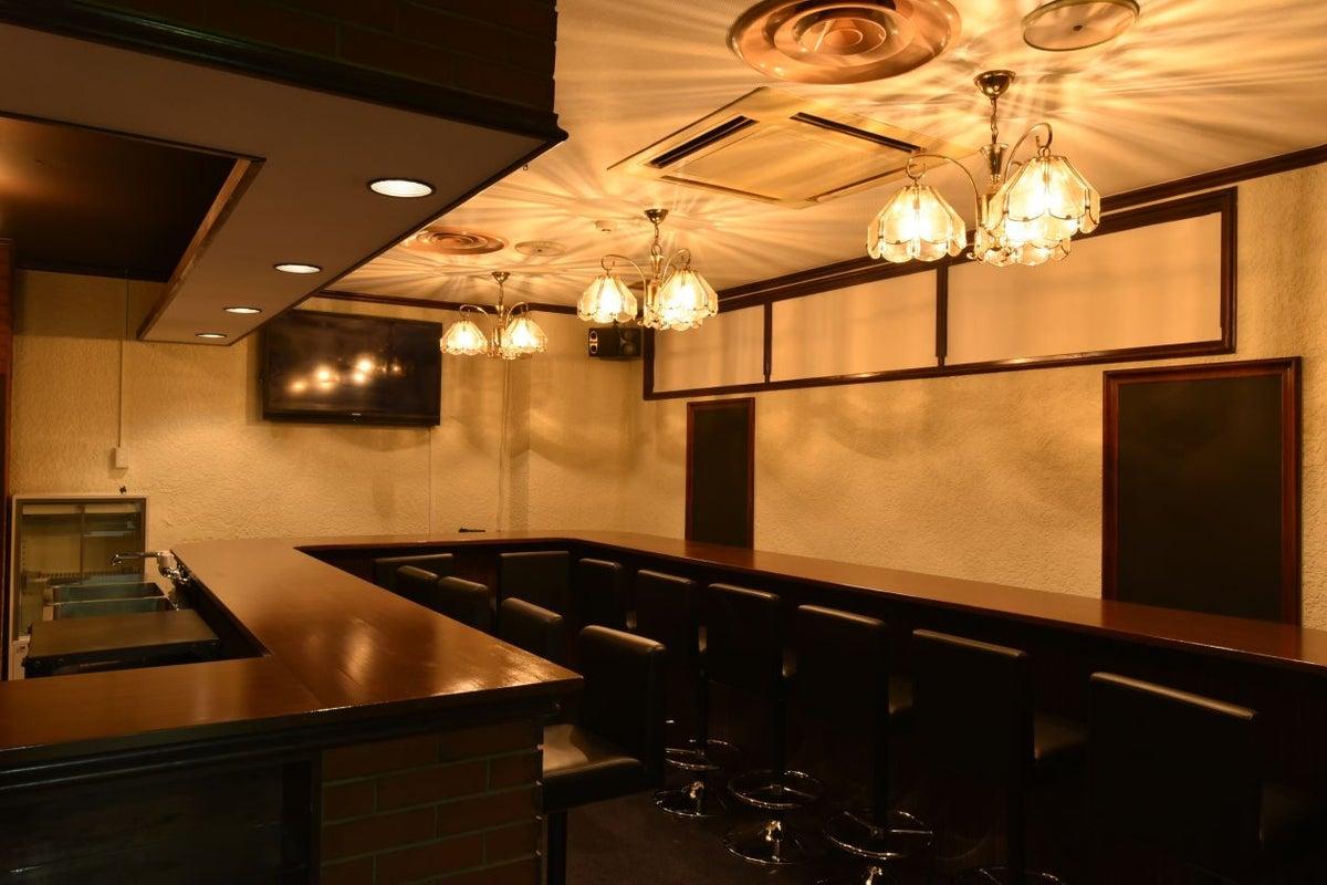 【奥神楽坂】クラシックなカウンターバー、キッチン付き/終日利用は、1h1600 の写真
