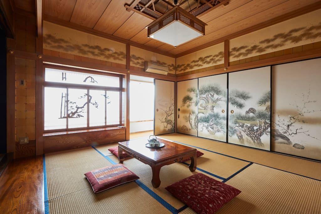 大田区の天守閣風の部屋 の写真