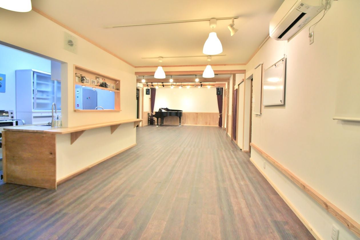 【長野・松本】のどかな憩いの空間にある、隠れ家のような多目的ホール。