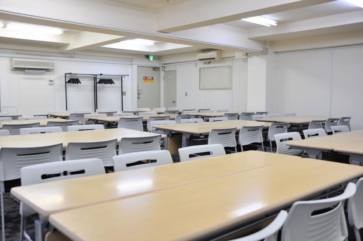 【神田】重厚感のあるリーズナブル貸し会議室(3階:63名様) のサムネイル