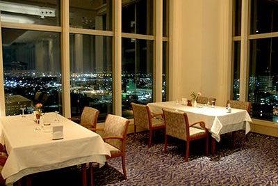 苫小牧市内を一望できる最上階のレストランを貸し切れる の写真