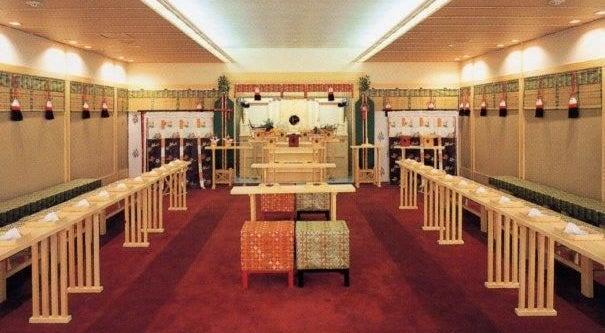 日本古来の神殿をモチーフにした空間で撮影をしよう