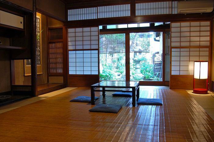 築140年、本物の京町家の空気と上質な空間をご提供。四条駅から徒歩10分!(庵町家ステイ 筋屋町町家) の写真0