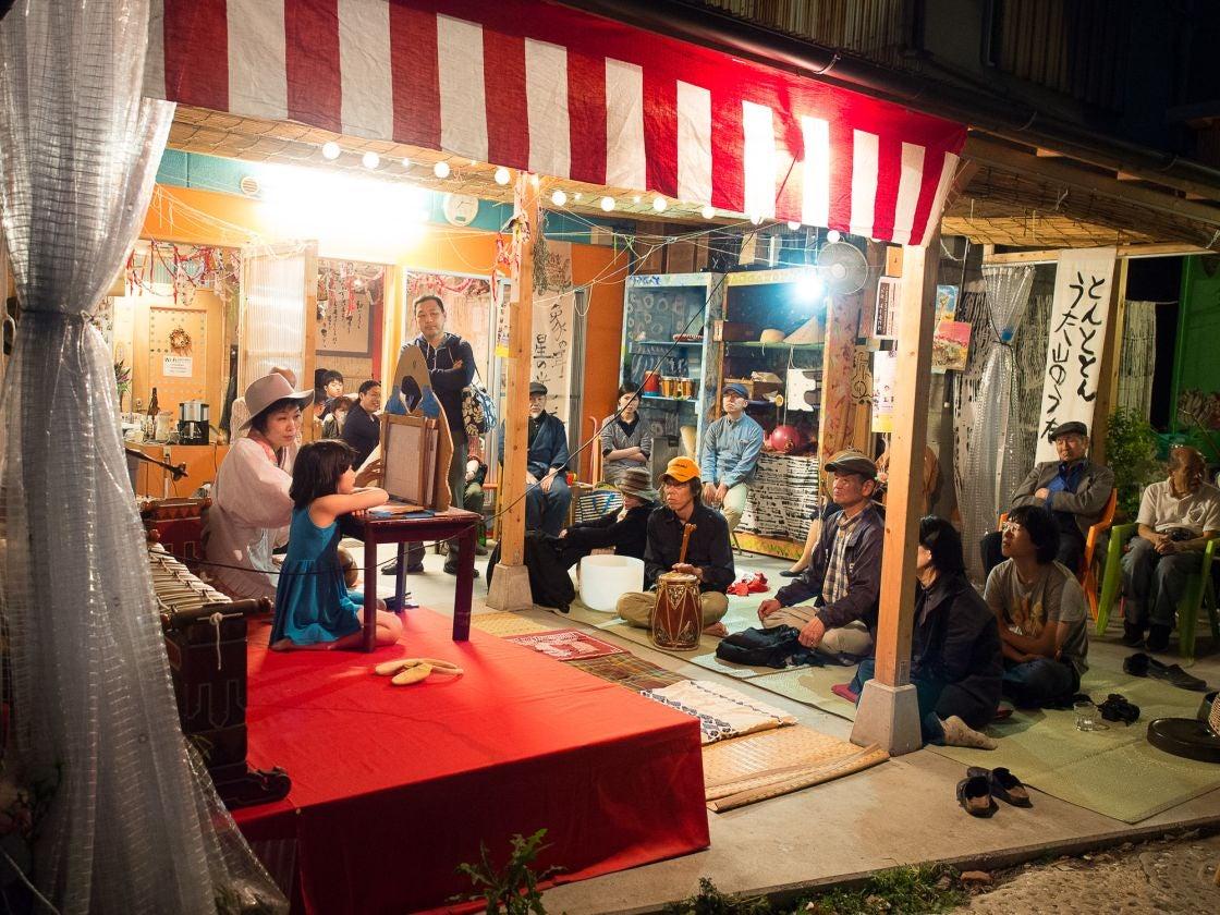 大阪市 アートな空間の中にある庭で様々な催し物に最適です。BBQにも! の写真