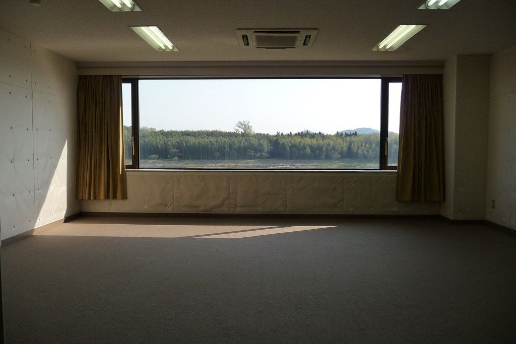 1名から15名の小規模練習スペース。完全防音で、楽器練習などに最適です。 【※空室状況はお電話にてお問合せください】 の写真