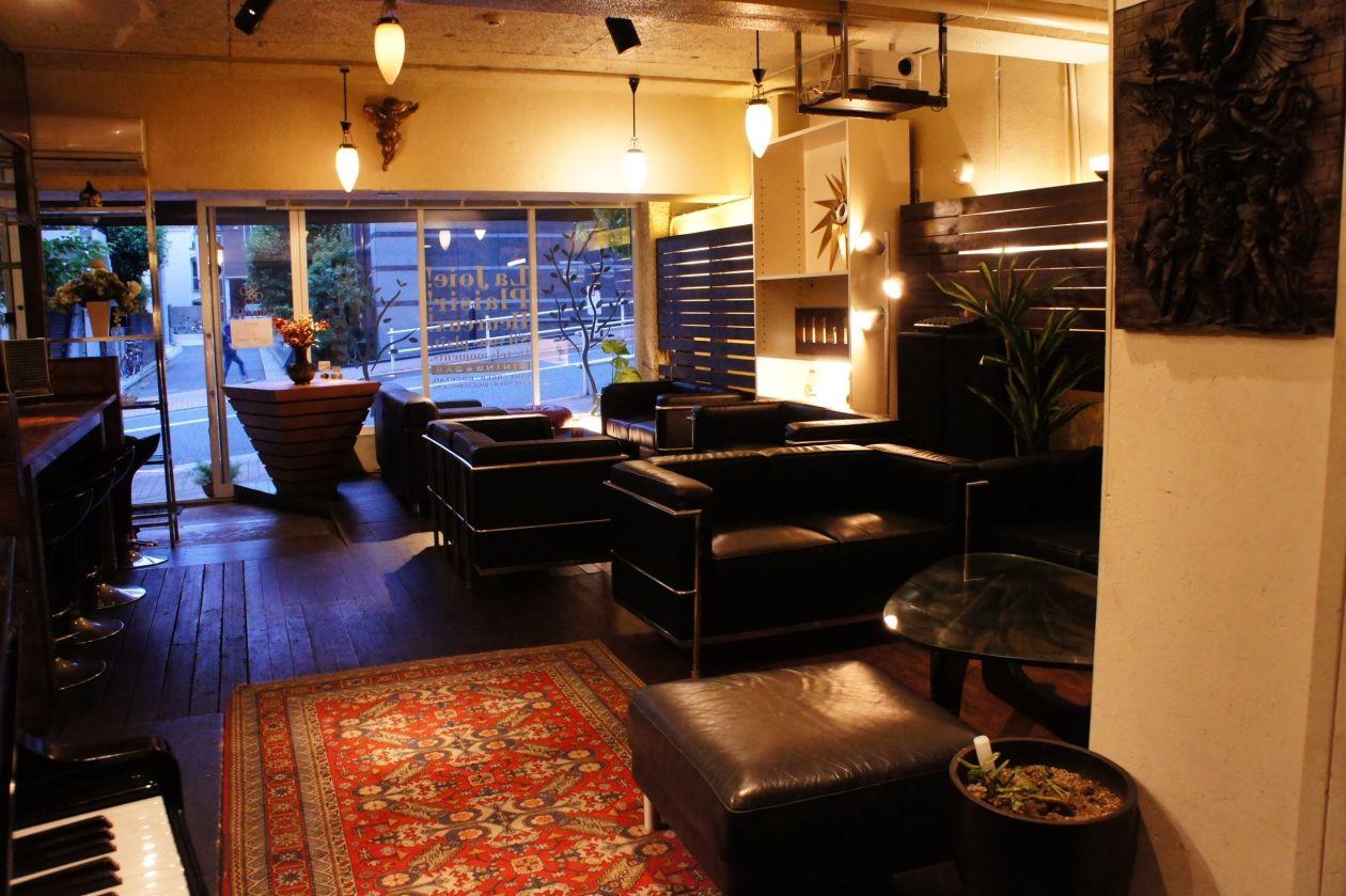 【新宿 四谷】各種イベント、パーティーに人気です。2~40名様迄。オープンキッチン、グランドピアノもあります。(新宿区 四谷 サロンガイヤール) の写真0