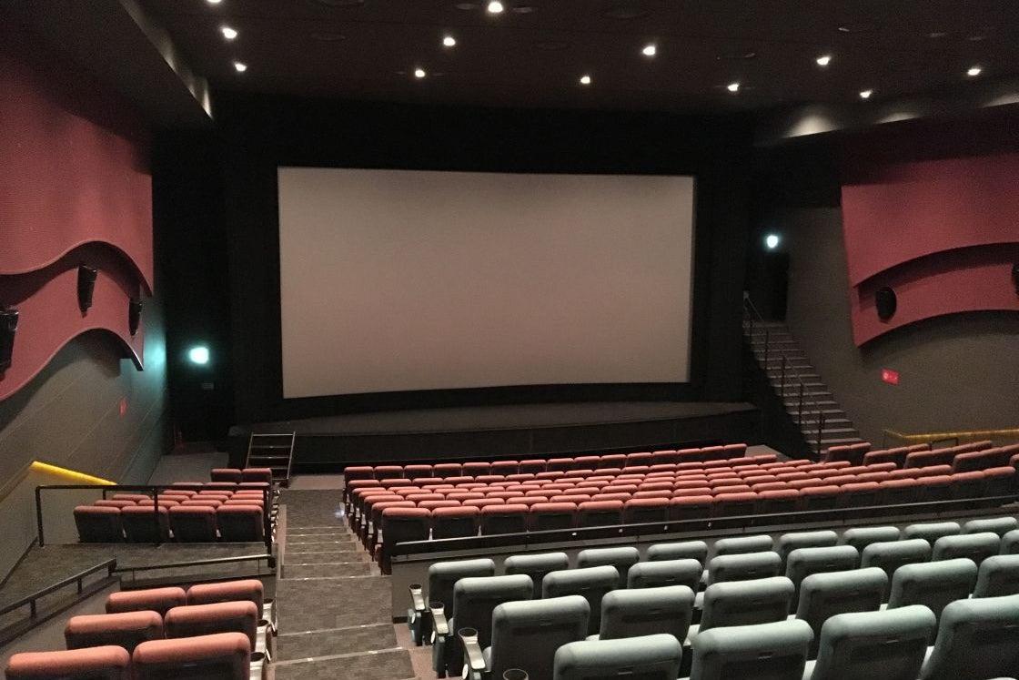 【お台場 319席】映画館で、イベント・会社説明会・株主総会・講演会の企画はいかがですか? の写真