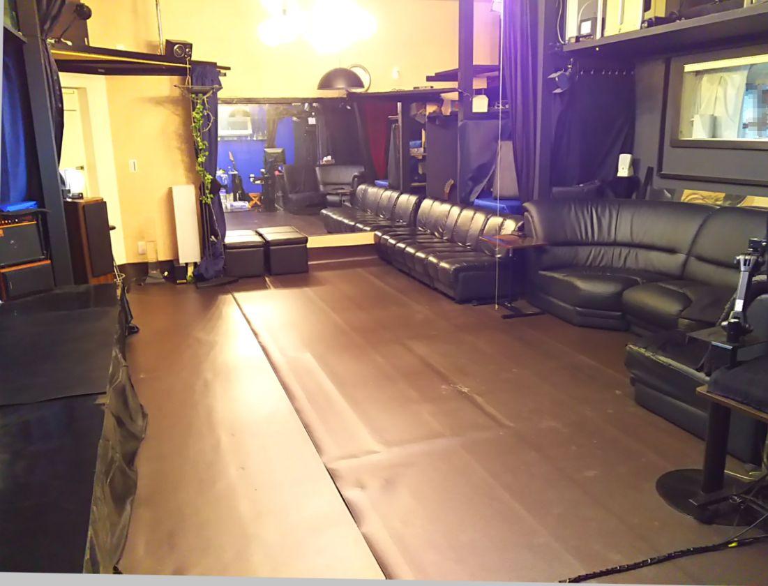 スタジオルーム 大きなスクリーン・鏡有り キッチンオプション(Tafu) の写真0
