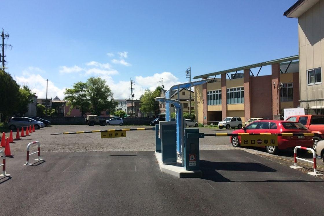 チャーチストリート軽井沢 駐車場 の写真