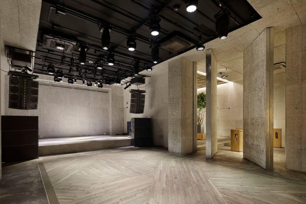 【表参道駅1分】展示会やパーティーに適したデザイナーズ・レンタルスペース※最大200名収容可能 の写真