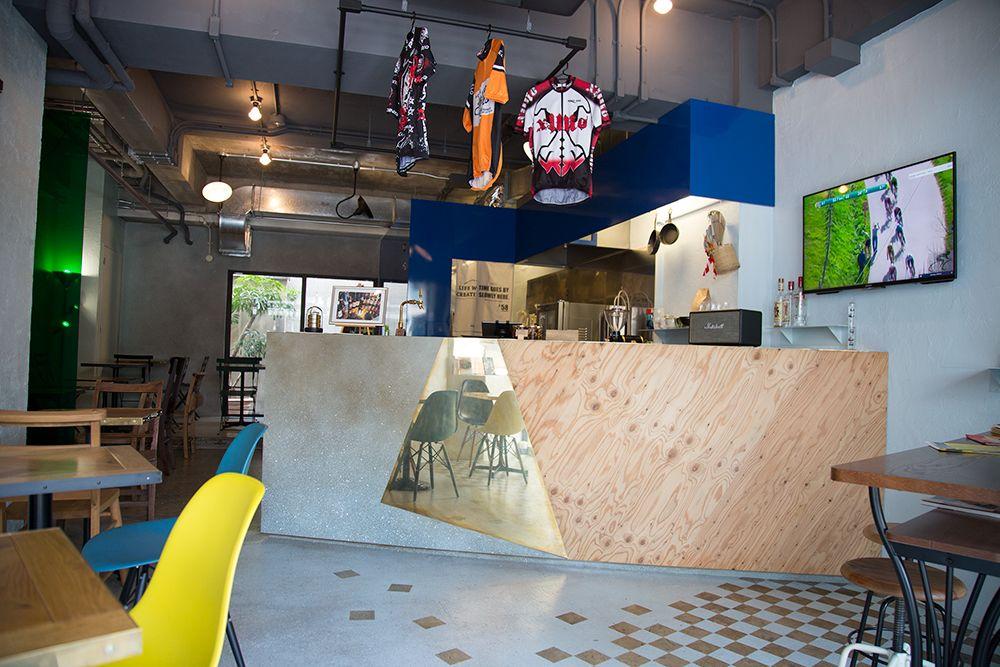 LaCCU(ラック) カフェスペースを貸し切って、ワークショップやセミナー、展示会などはいかがですか?(LaCCU(ラック)) の写真0