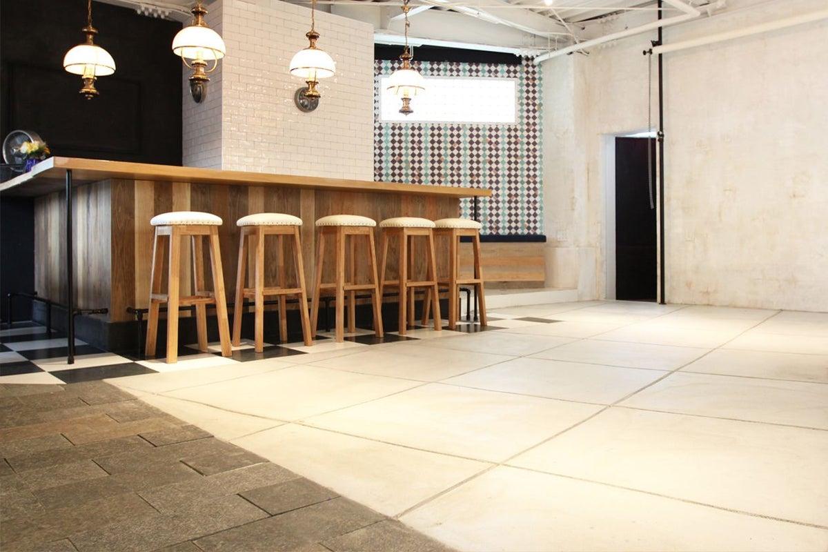 【PLATINI STUDIO】欧風スタジオ&多目的スペース キッチン・BARカウンターあり。イベントやパーティにもオススメ の写真