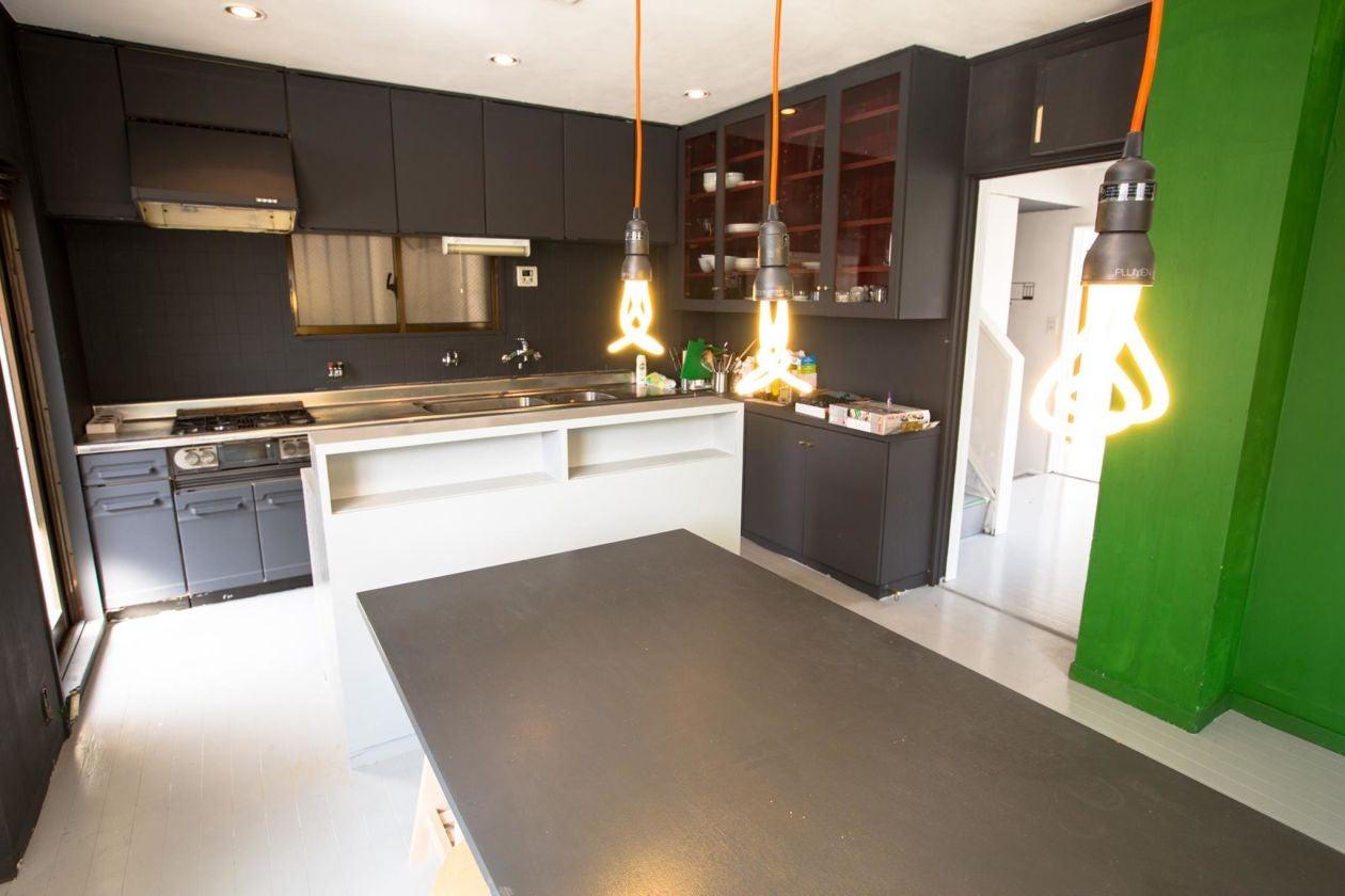 キッチンを活用して料理教室などはいかがですか?