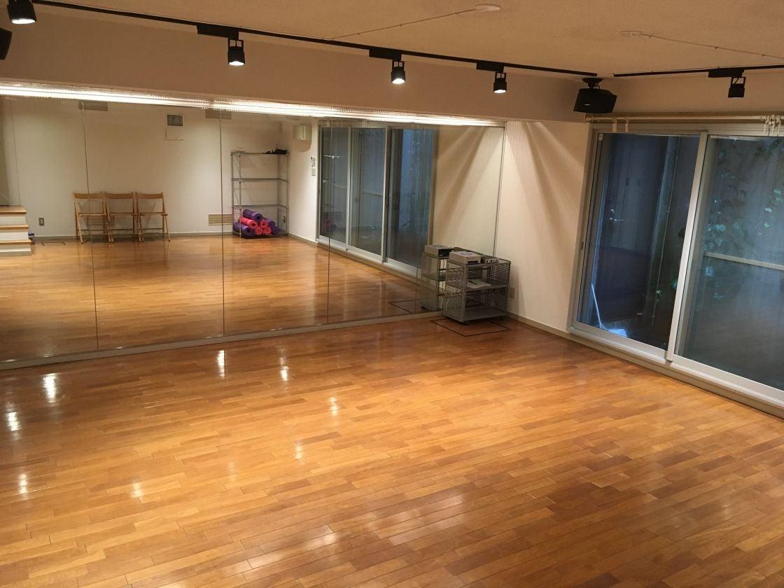 閑静な住宅街の中にあるスタジオです。