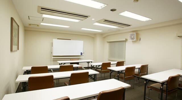 約24名収容可能な小会議室【301会議室】