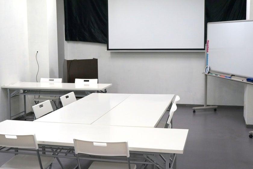 <地域最安!?>姫路で会議・打ち合わせ・イベント・研修・ママ会に!セミナースペース(姫路で会議・打ち合わせ・イベント・研修に!セミナースペース) の写真0
