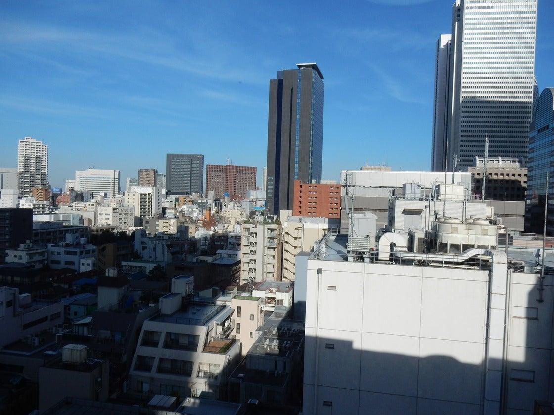 <天空会議室>★西新宿駅徒歩1分・エリア最安★・WIFI/プロジェクター無料♪ の写真