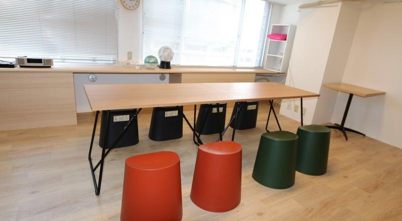 会議専用レンタルルーム902!!ビル内にスタッフはほぼ常駐しており、毎回清掃行っています。