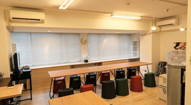 セミナー・勉強会・ギャラリーとしても活用可能!心斎橋レンタルルーム902