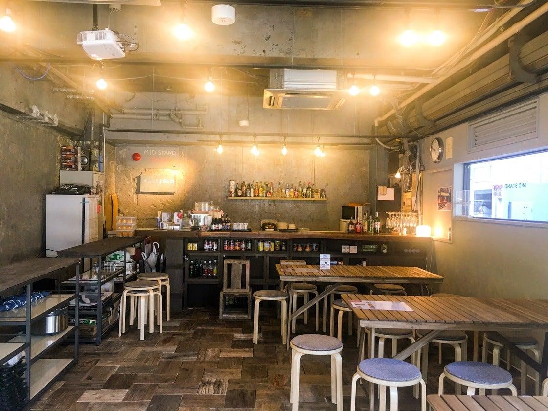 広々としたキッチン付きのレンタルスペース。 飲食を伴うイベントや、仲間内でのホームパーティなどにも最適です。